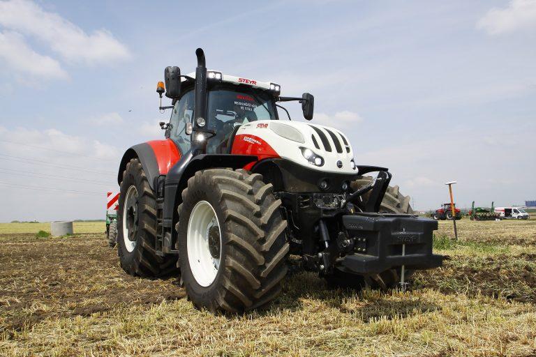 Ciągnik rolniczy - naprawa i serwis
